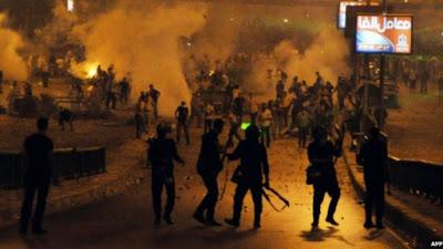 Bentrokan Maut Massa Pro dan Anti Morsi