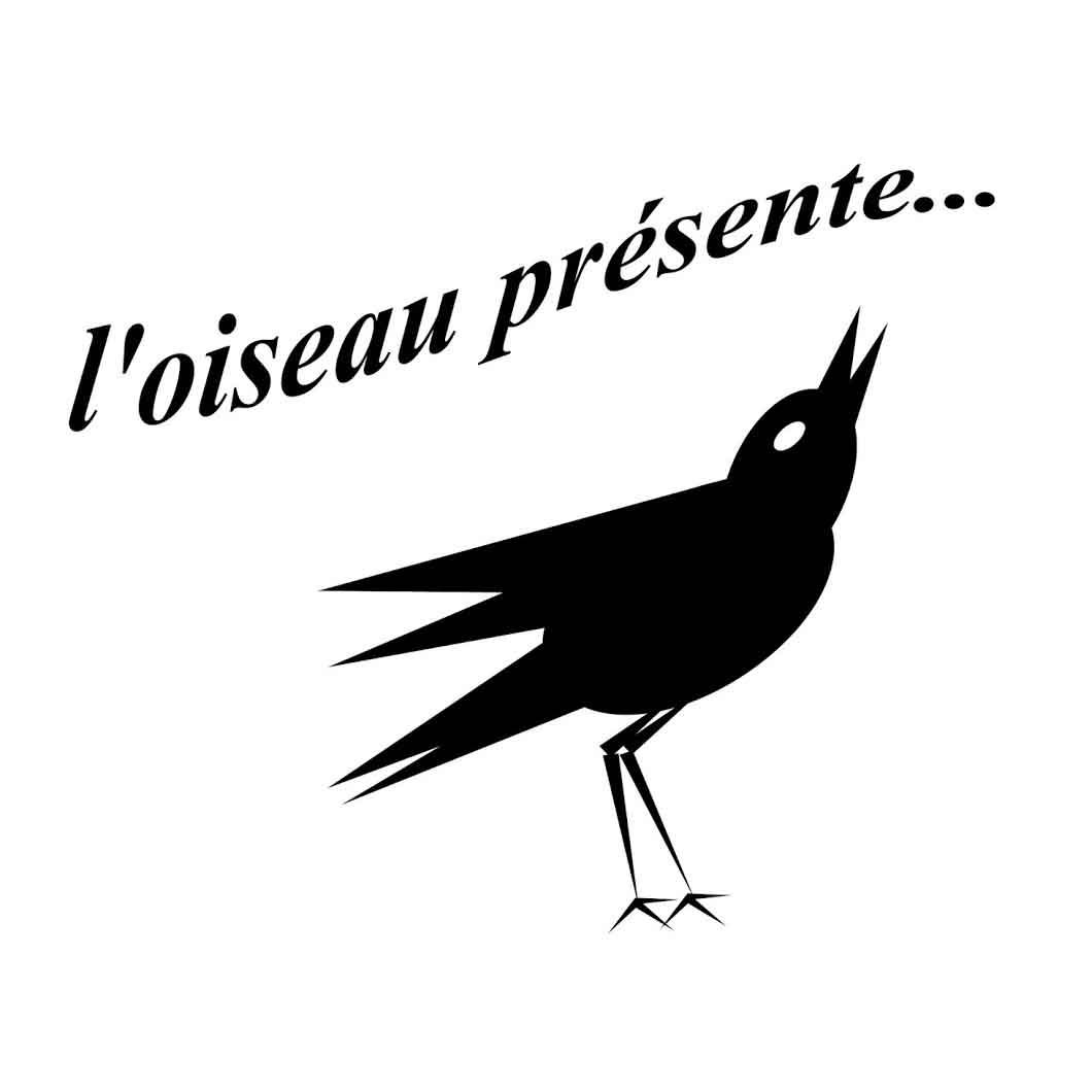"""<center> """"L'oiseau présente..."""" </center>"""