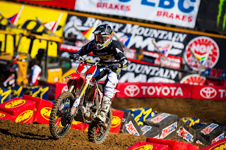 Eli Tomac having a rare good moment this weekend on his 2013 CRF250R.