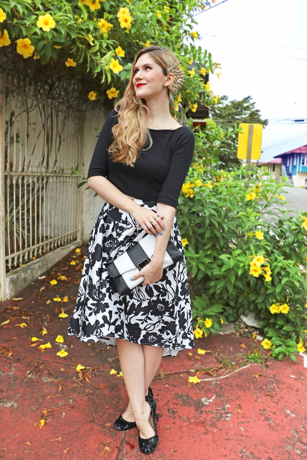 Elegant Black and White Outfit