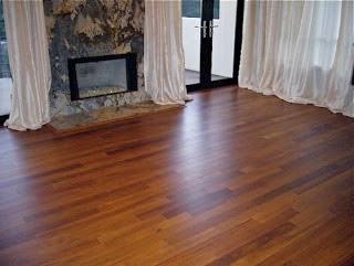 harga lantai kayu solid merbau mulai Rp 165.000