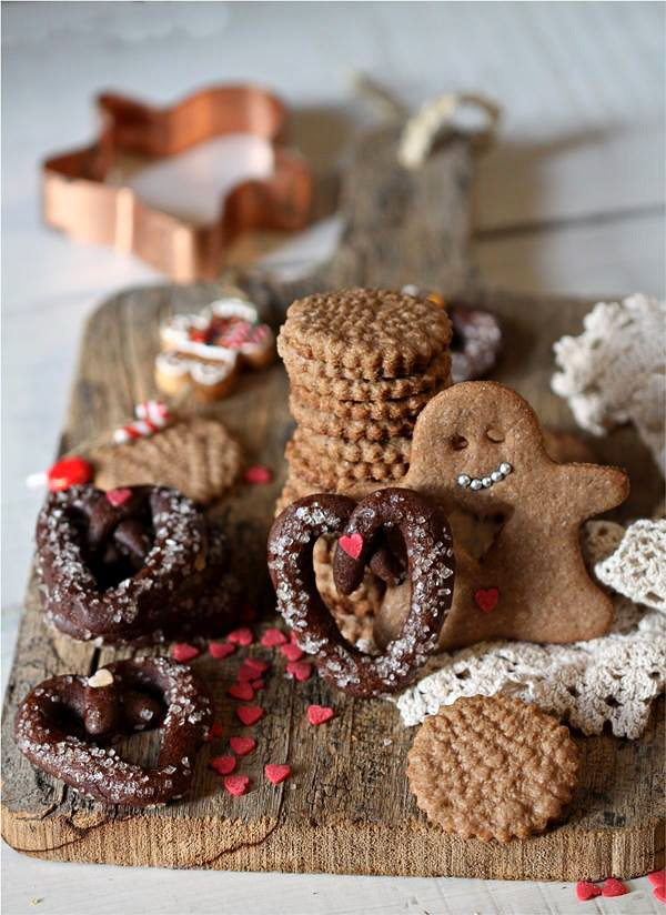 Few weeks back, I found some of the great photographs cookies and sweets for celebrating Christmas. It was not difficult to guess that photographalt=