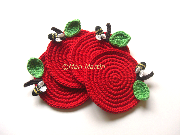 Crochet Coasters Red Apple with a bee