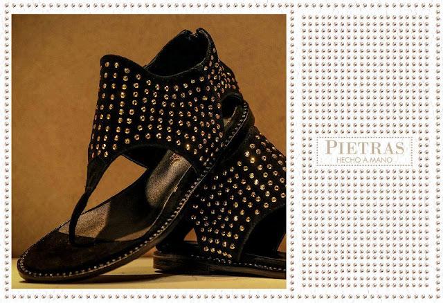 Moda en Zapatos verano 2016.Pietras