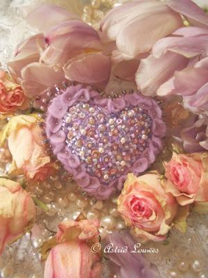 Roze hartje van vilt