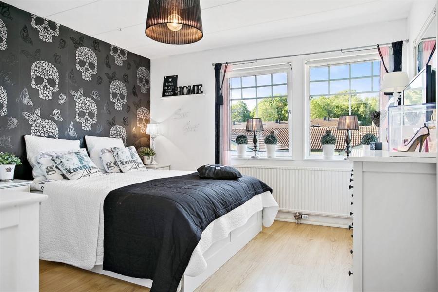 wystrój wnętrz, wnętrza, urządzanie mieszkania, dom, home decor, dekoracje, aranżacje, styl skandynawski, shabby chic, białe wnętrza, jasne wnętrza, sypialnia, czaszki