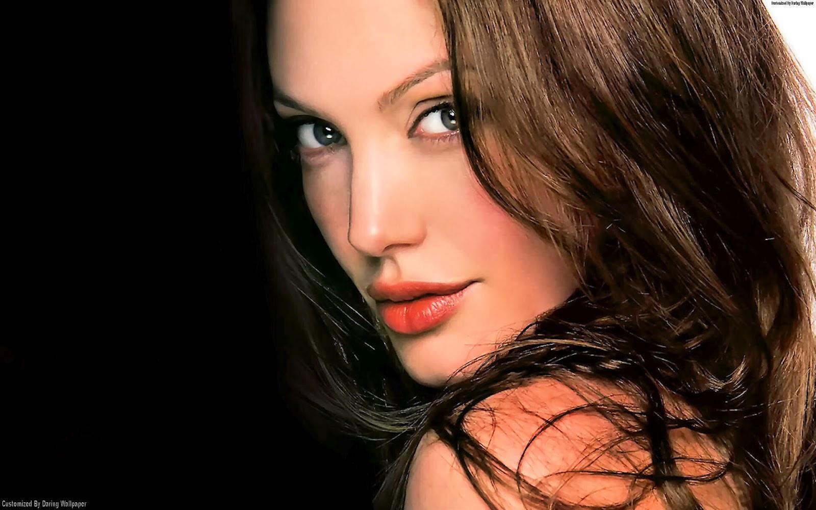 http://3.bp.blogspot.com/-vax-c_o0SNk/T5aOG7W9pYI/AAAAAAAAJCE/j6VFFsE0iB4/s1600/Angelina-Jolie-Wallpaper-angelina-jolie-19939129-1920-1200.jpg
