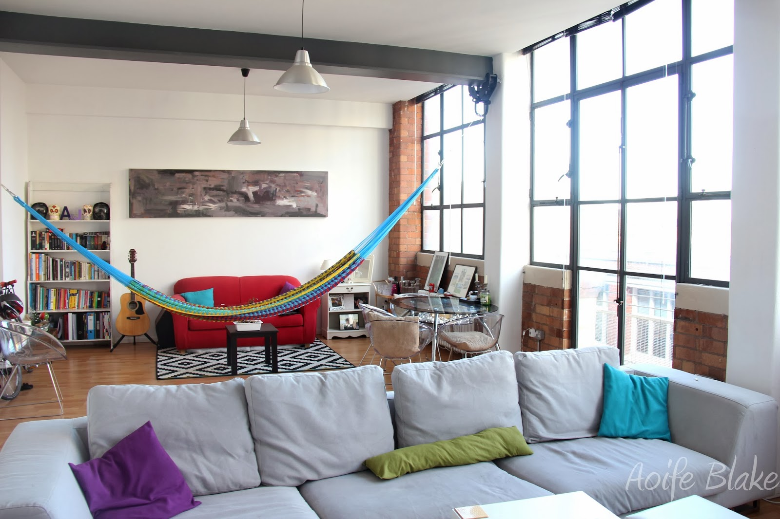 Impressive indoor hammock designs for ultimate relaxation for Living room hammock