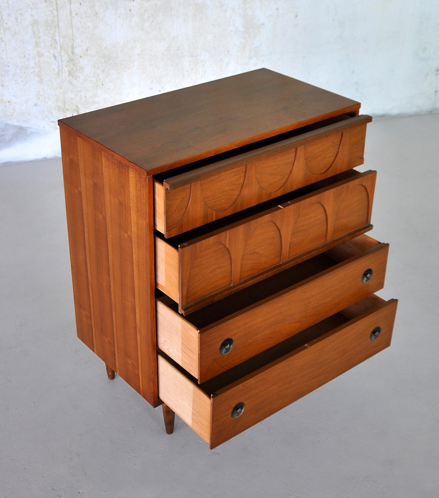 Mid Century Modern Walnut Highboy Or Gentleman's Chest Of Drawers