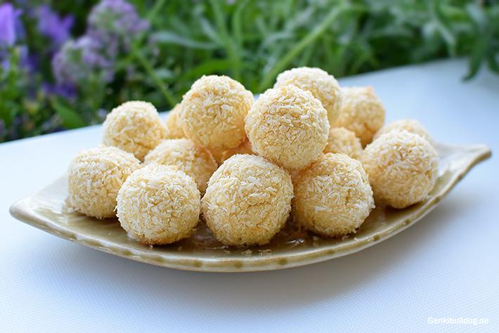 Kokoskugeln Rezept für Hunde