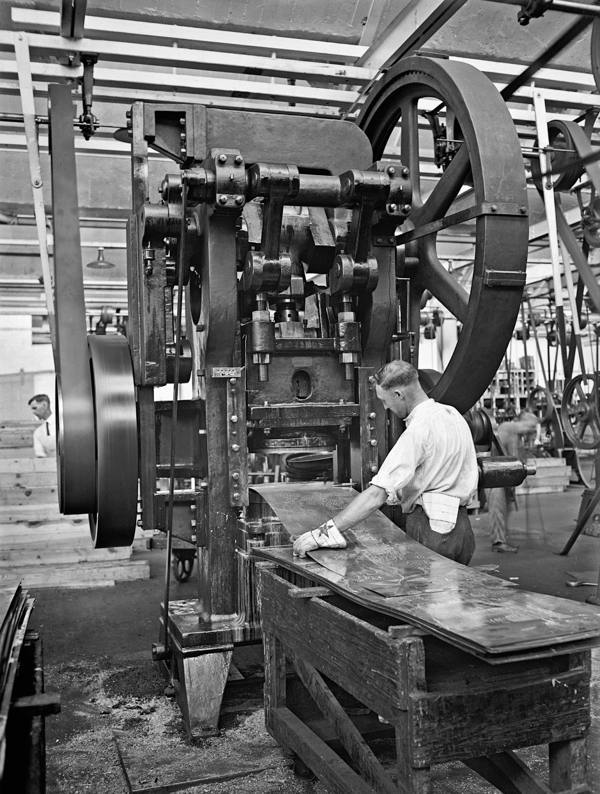 History In Photos Atwater Kent Radio Factory