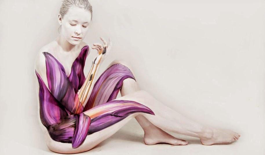 Lukisan Tubuh Manusia Merubah Orang Menjadi Bunga