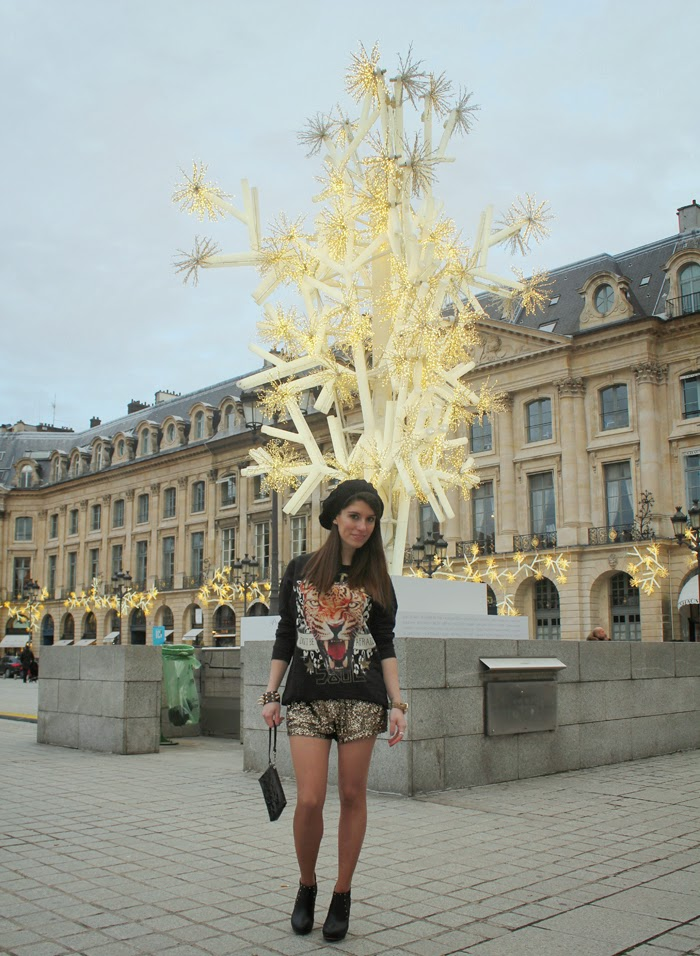 diana dazzling, fashion blog, fashion blogger,Paris, place Vendome, golden sequin, shorts, shorts lentejuelas, outfit rockero, rock, streetstyle