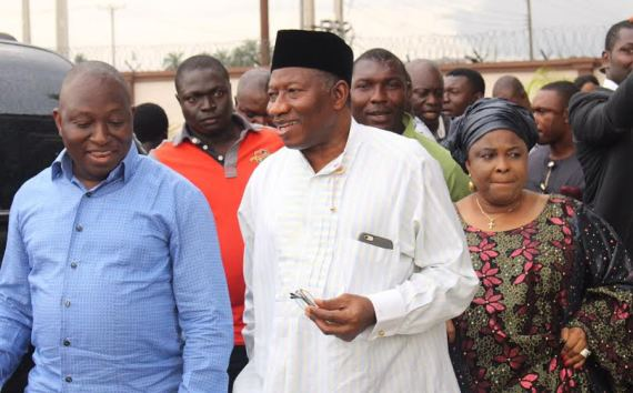 Goodluck Jonathan & Wife Pay Bayelsa Businessman, Dr Eruani Condolence Visit