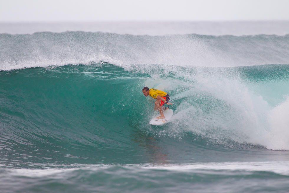 14 Tiago Pires PRT Hawaiian Pro 2015 Foto WSL Laurent Masurel