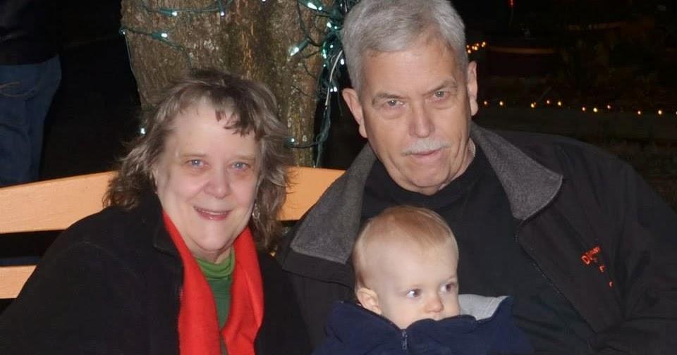 place paschals christmas lights casville caswell
