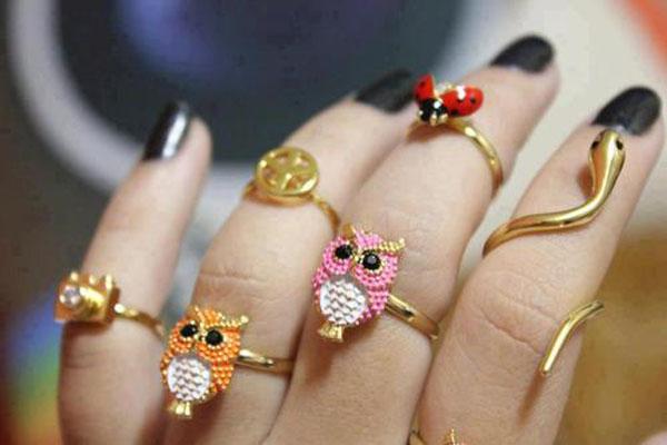 Anelismo - mix de aneis dourados de bicho - tendência - coruja