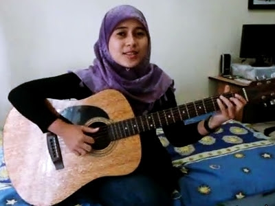Ayu Videl Klon Najwa Latif Di Indonesia