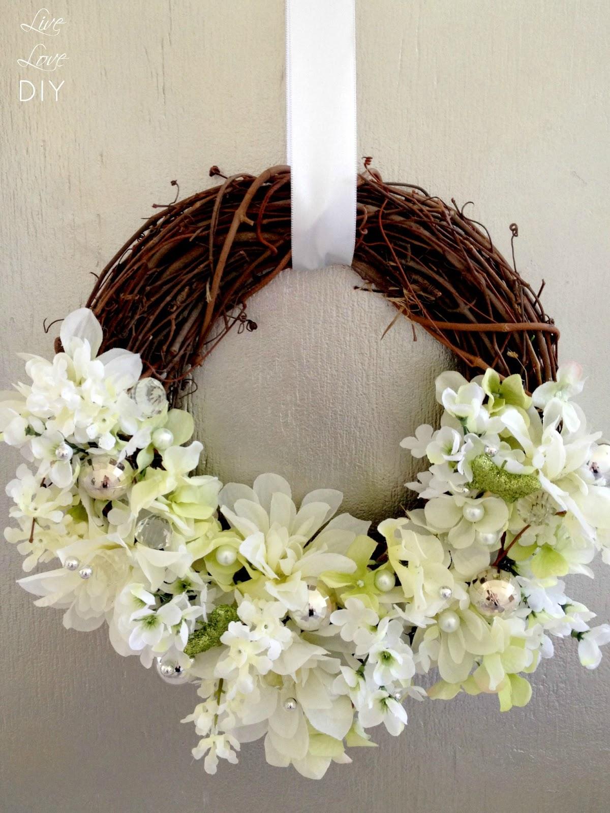 LiveLoveDIY DIY Flower Wreath