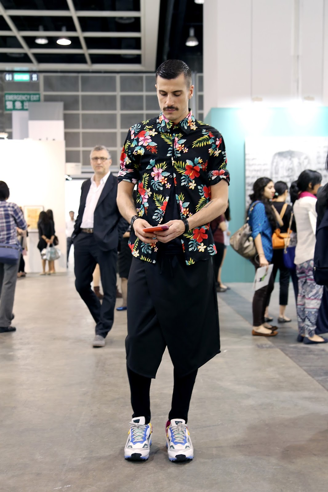 Street Style Saturday 39 S Art Basel Hong Kong 2014 An Ode To Menswear Cut And Copy Hong