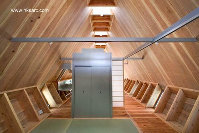 Interior de la casa pequeña japonesa