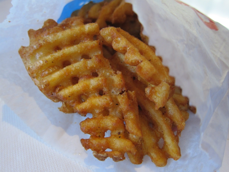 how to cut waffle fries with a knife