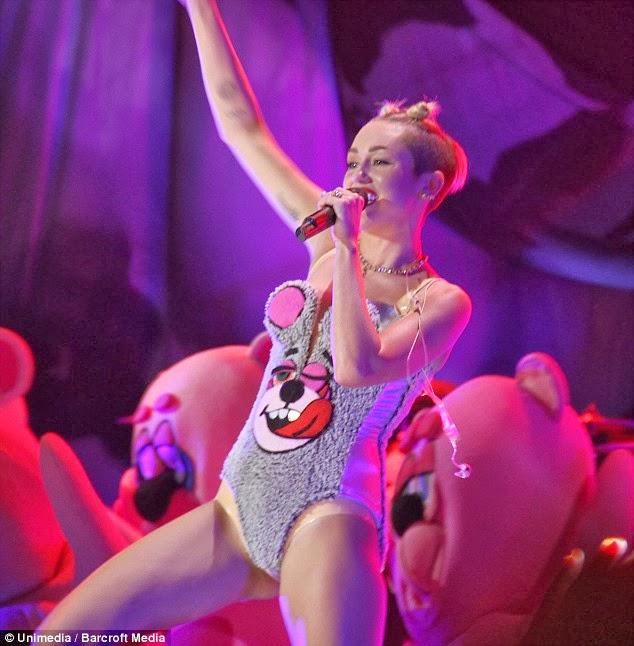 Miley cyrus teddy bear shirt