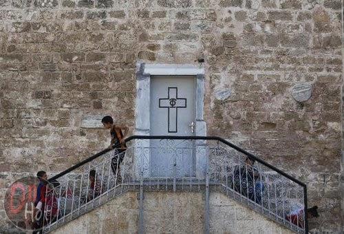 Warga Muslim Gaza mengungsi di Gereja Ortodoks Yunani 4