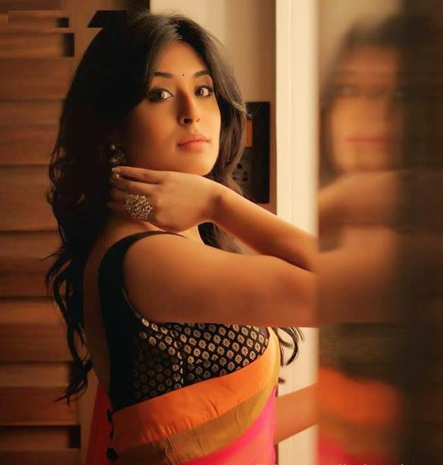 Kritika Kamra HD wallpapers Free Download