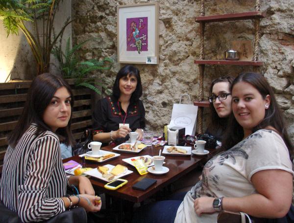 VI Desayuno Blogger A Coruña. Visit www.forarealwoman.com  #moda #fashion #blogger