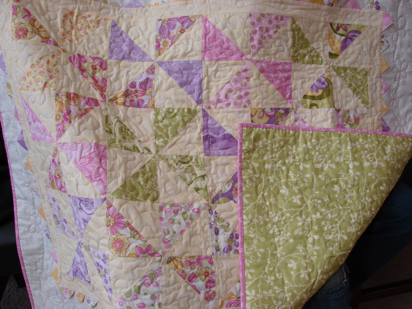 Free Printable Pinwheel Quilt Pattern : dream quilt create: Pinwheel Baby Quilt