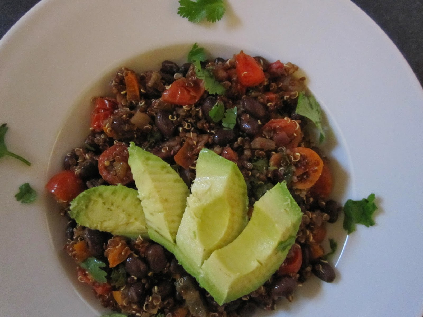 ... red quinoa 1 1 2 cups veggie or chicken stock 1 2 red onion diced