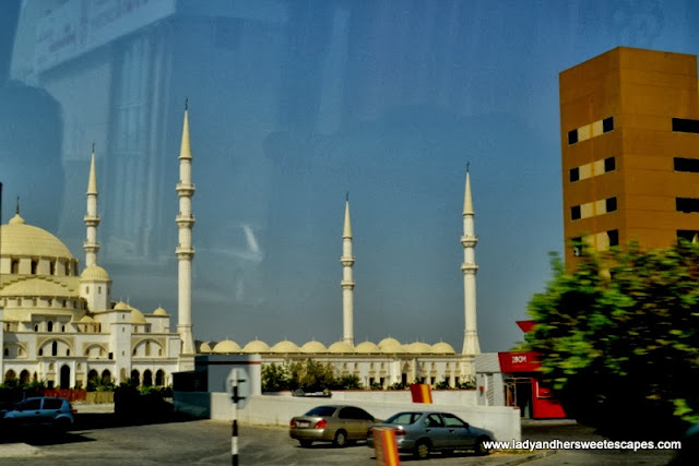 a glimpse of Sheikh Zayed Mosque in Fujairah