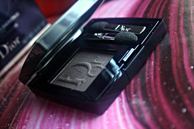 Dior Diorshow Mono Eye Shadow in Velvet Review, Photos & Swatches