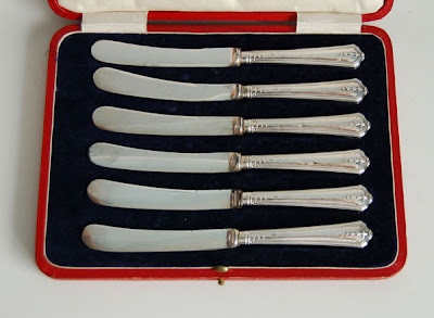 cased set of 6 Art Nouveau HM silver handled butter knives, Sheffield 1916