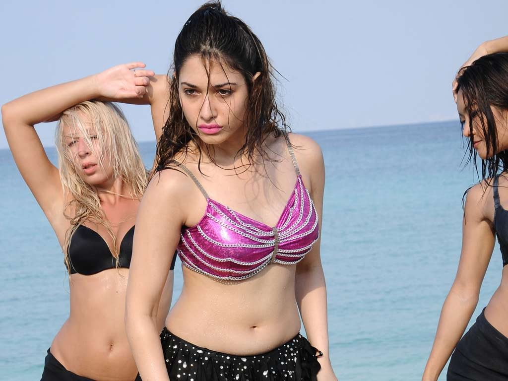 Tamanna In Rebel Hd Pics Welcome To Hellotollycom Tollywood