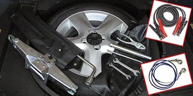 Barang-barang yang Wajib Berada di Mobil Anda Saat Berpergian