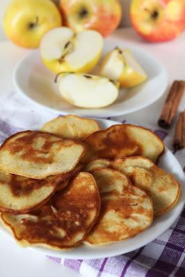 Placuszki z jabłkami i cynamonem