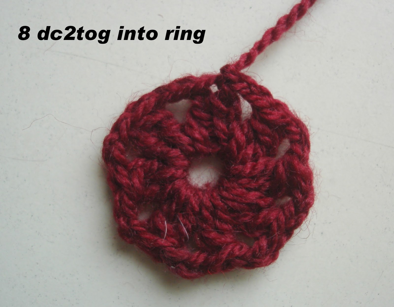 Crochet Stitches Dc3tog : Round 2: Join yellow into a 2ch-sp, (ch 2, dc3tog, ch 2, dc4tog) into ...