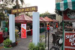 Pasar Malam Kaki Lima di Grand Aston Medan