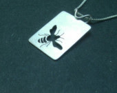 Bee design in jewelry