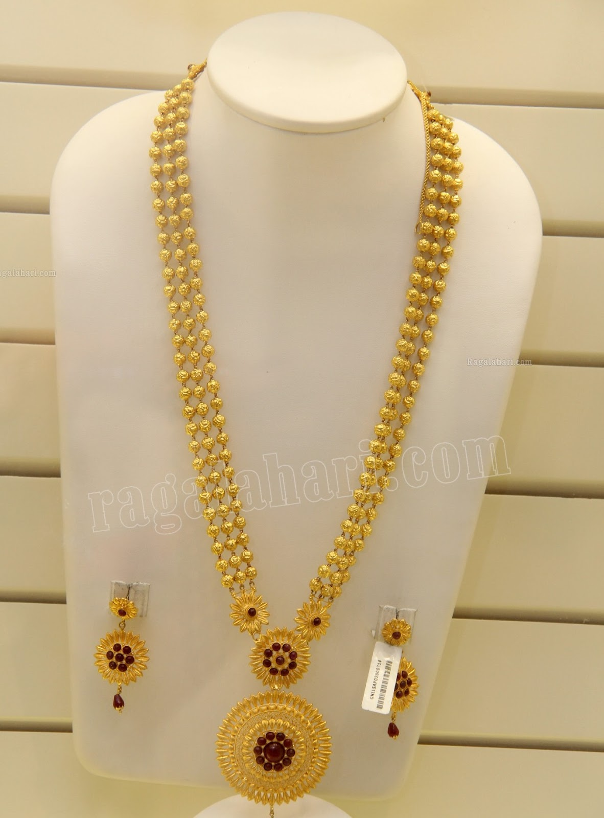 Beautiful 22 carat gold chains with matching pendant designs latest - Beaded Gold Long Chain Beaded Multistring Long Chain With Beautiful Pendant And Matching Earrings