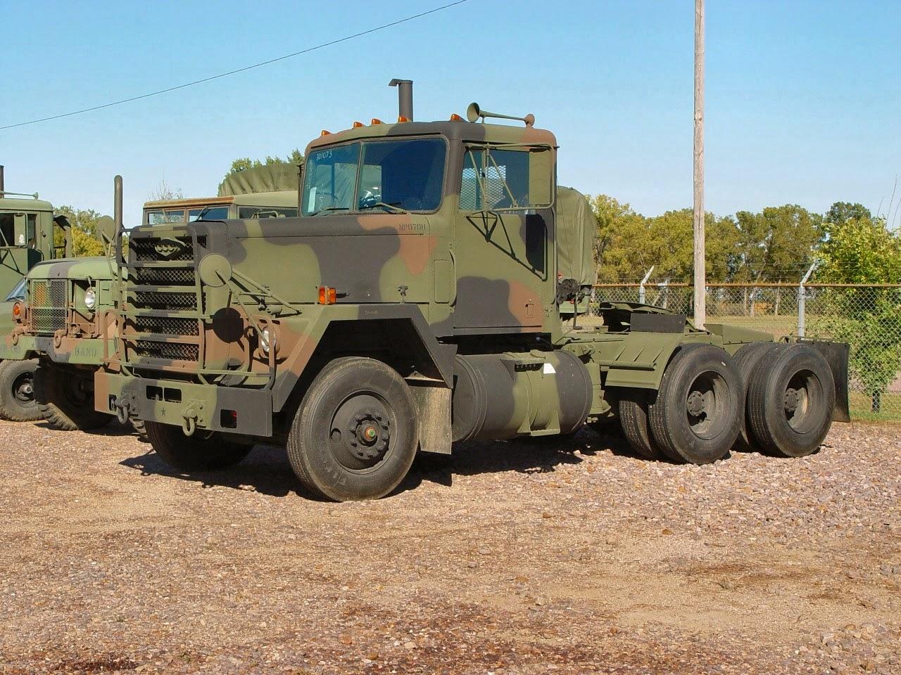 Truck perang buatan Amerika, Indonesia punya truk garang bermesin ...