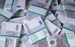 Почти миллион евро в сумке вез…