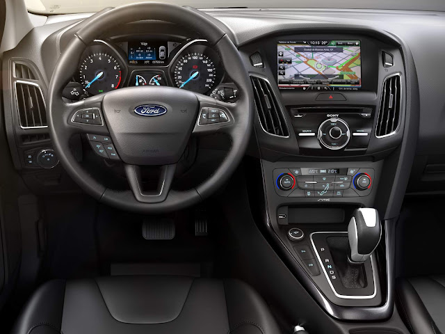 Ford Focus 2016 Fastback - interior - painel