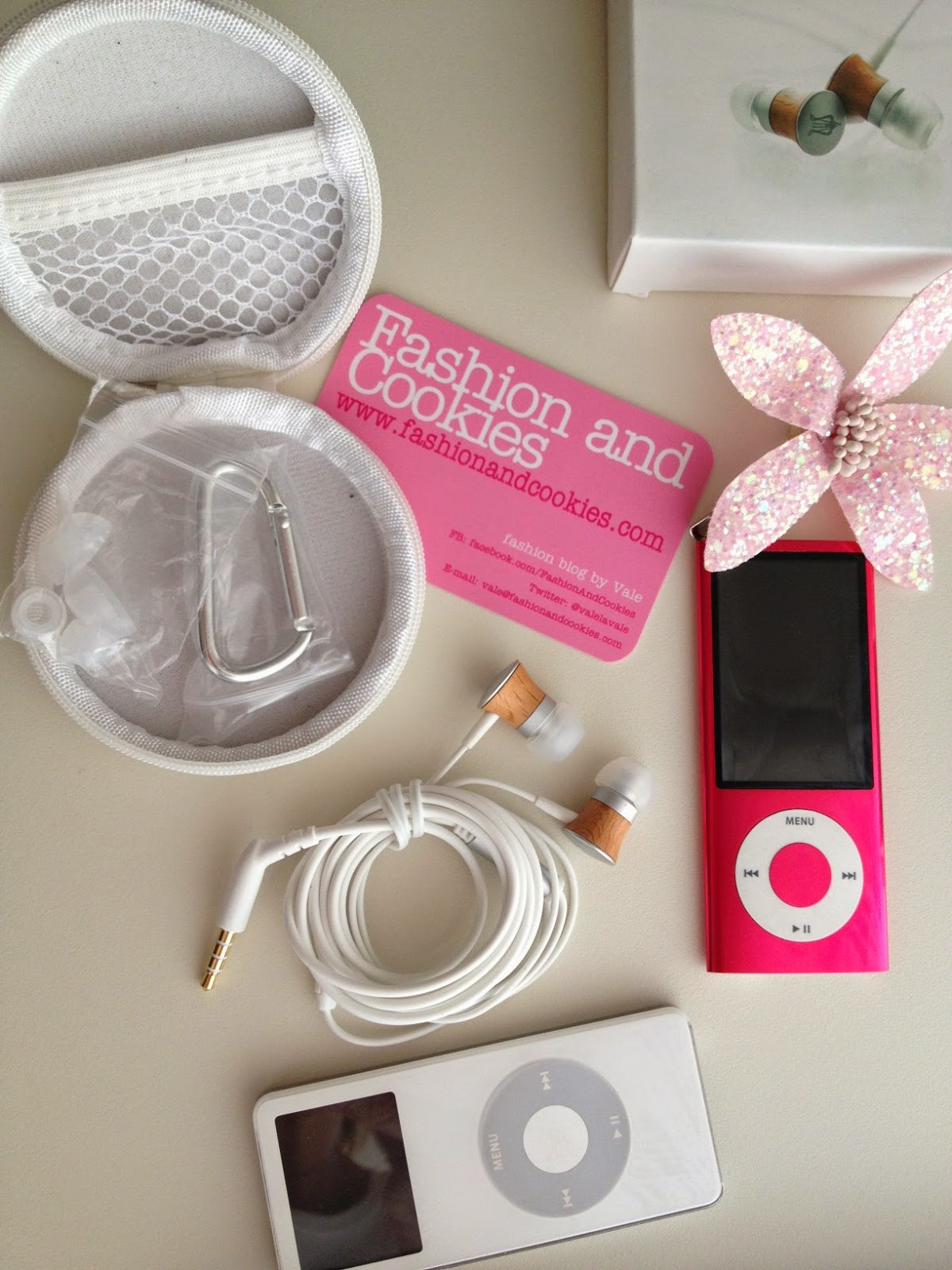 Meze 11 Deco, wood earphones, meze sound device review, Fashion and Cookies, fashion blogger