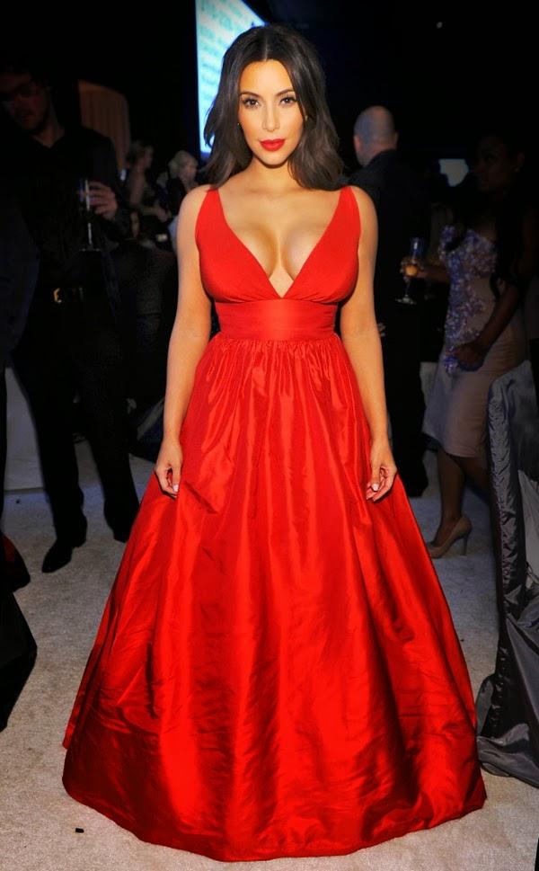 Ким кардашьян в красном платье