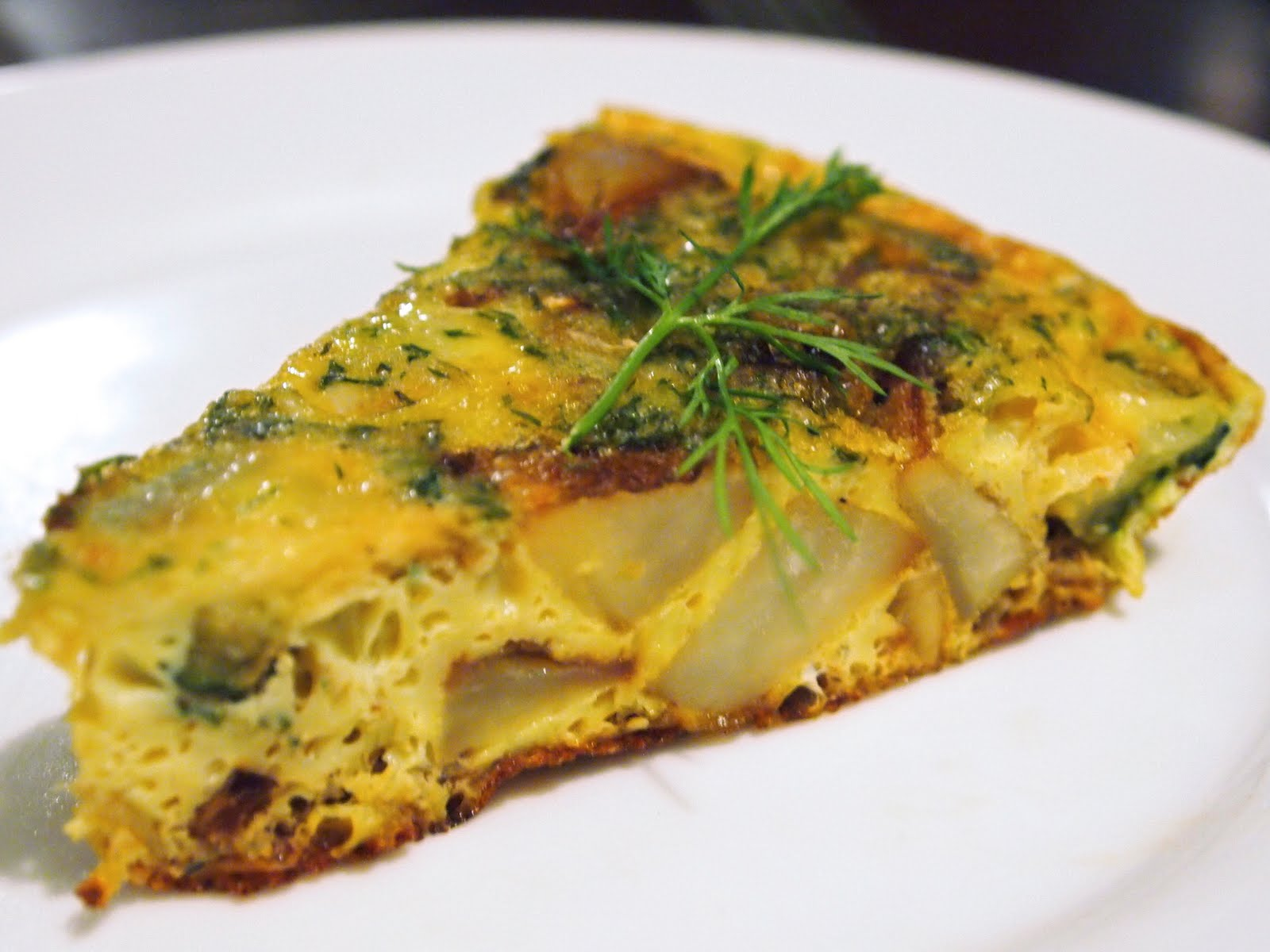 Michelle's tiny kitchen: Potato and Zucchini Frittata