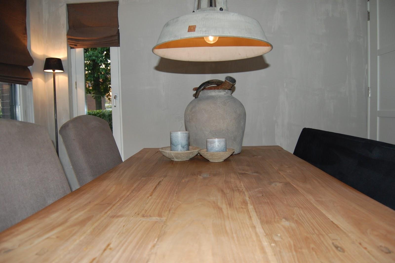 Stoer robuust wonen foto 39 s woonkamer en eetkamer - Eetkamer en woonkamer ...
