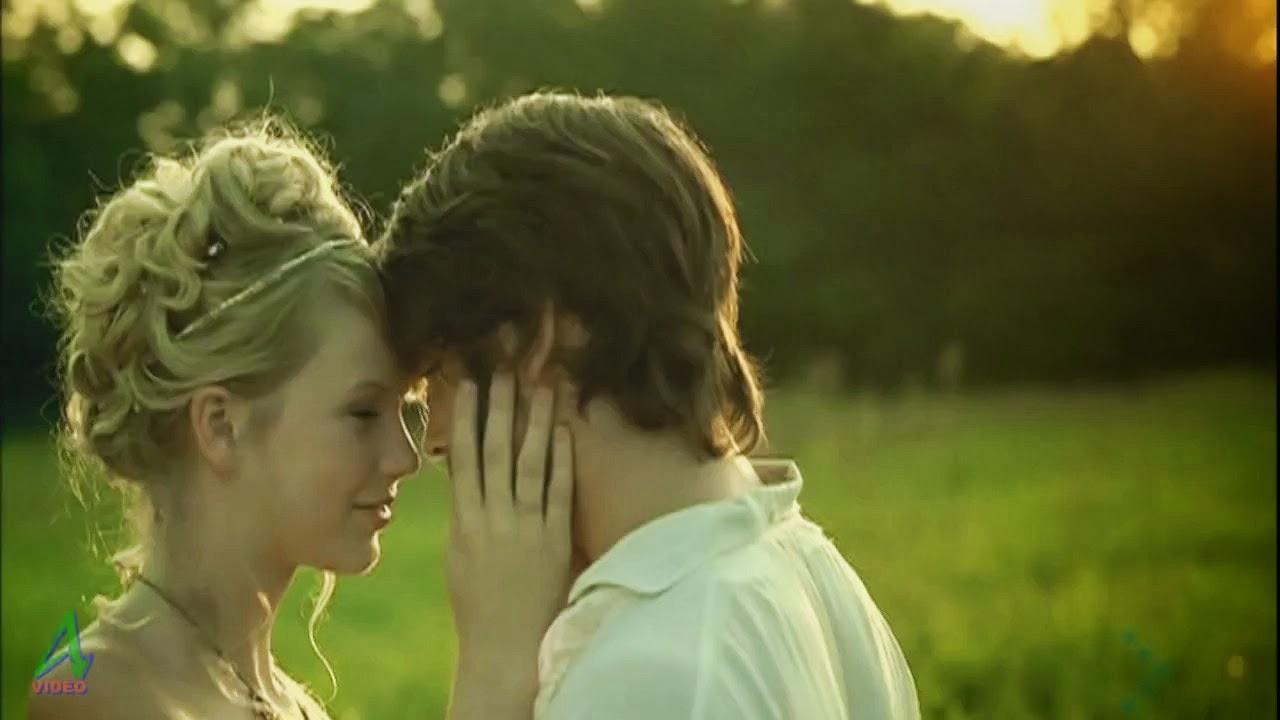 taylor swift love story analysis